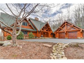 221 Merrills Chase Rd, Asheville, NC