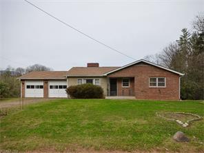 434 Terrace Dr, Canton NC 28716