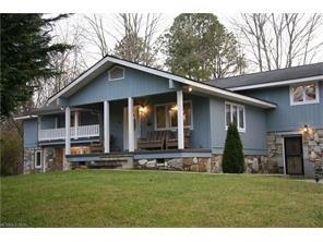 3044 Flat Creek Valley Rd, Lake Toxaway, NC
