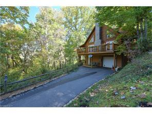 725 Forest Dr, Maggie Valley NC 28751