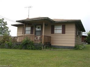 697 Jackson Rd, Fletcher NC 28732