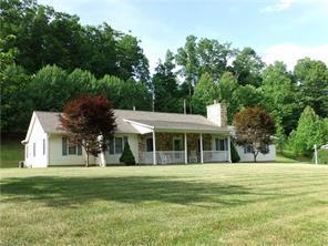 782 Hickory Springs Rd, Burnsville NC 28714