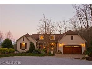 89 Carriage Highlands Ct, Hendersonville NC 28791