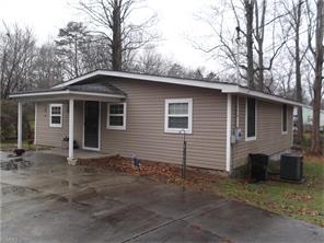 218 Gull Ave, East Flat Rock, NC