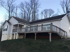 126 Peaceful Valley Dr #APT 3, Leicester, NC