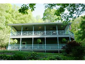 210 Spring Valley Dr, Mars Hill NC 28754