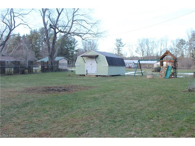 315 N Clear Creek Rd, Hendersonville NC 28792