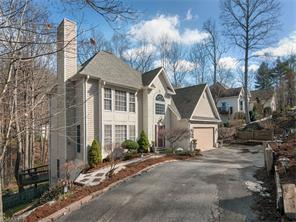 467 Heather Marie Dr, Hendersonville NC 28792