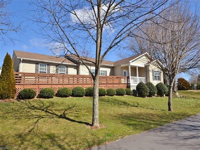 34 Middle St, Hendersonville NC 28792