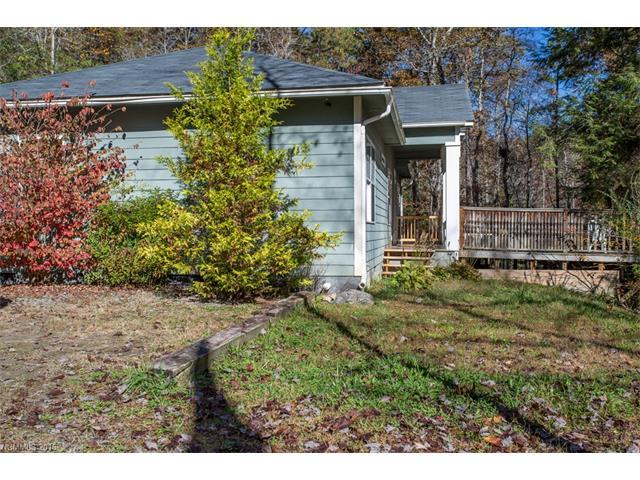 276 Tee Smith Dr, Pisgah Forest, NC