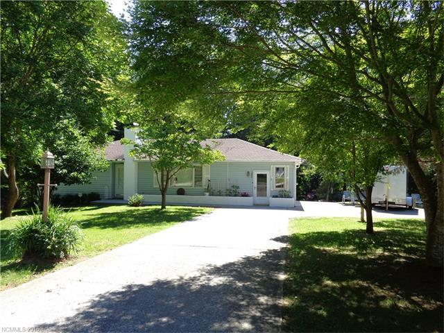 280 Crabapple Hill Ln # 3 Hendersonville, NC 28792