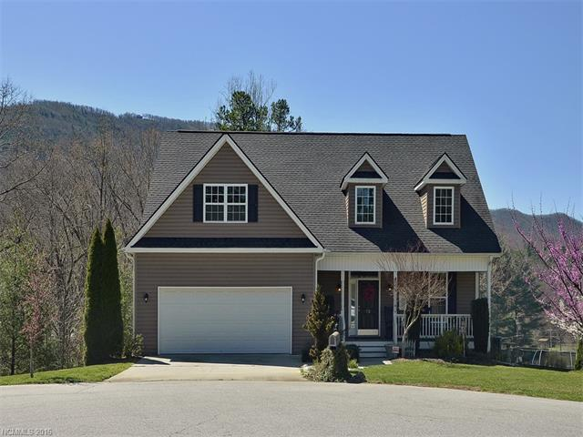 72 S Crab Meadow Dr, Hendersonville, NC