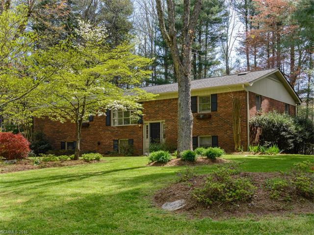 164 Haywood Knolls Dr, Hendersonville, NC