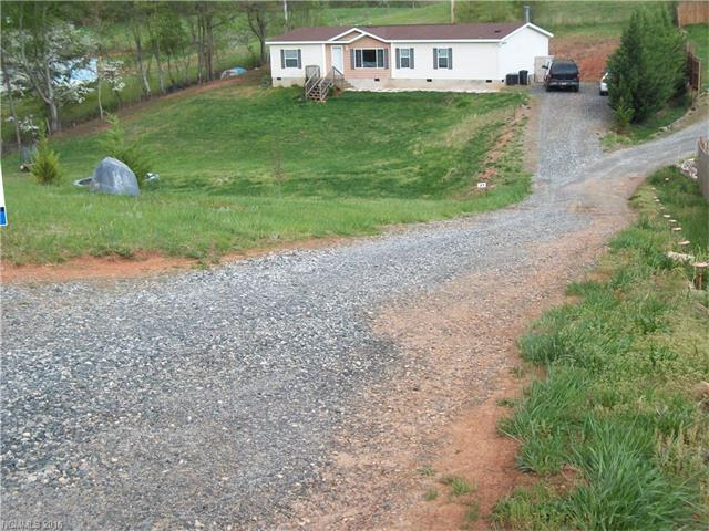 21 Crosswinds Dr, Leicester, NC