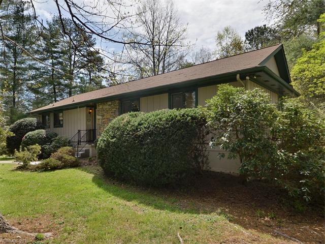 149 Whisperwood Dr, Hendersonville NC 28791