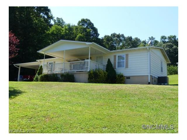 11 Indian Hill Dr #APT 5, Leicester, NC
