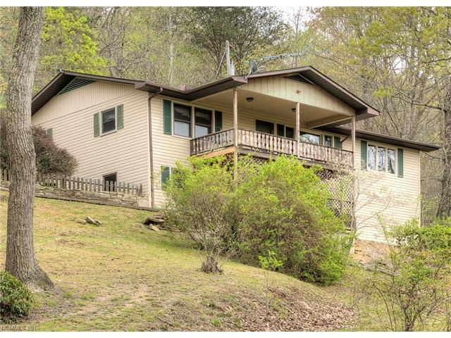 491 Courtney Dr, Hendersonville NC 28792