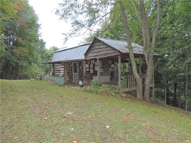 694 Whispering Winds Rd, Waynesville NC 28785