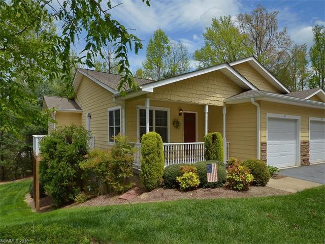 40 Spring Village Ln, Hendersonville, NC
