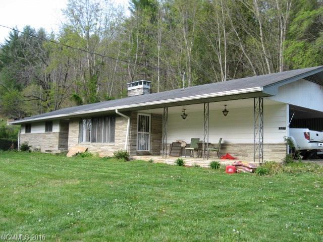 327 White Oak Rd, Bakersville NC 28705