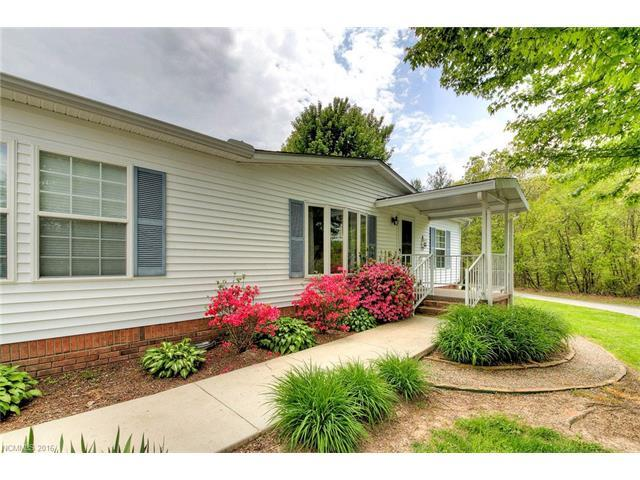 140 Middle St Hendersonville, NC 28792
