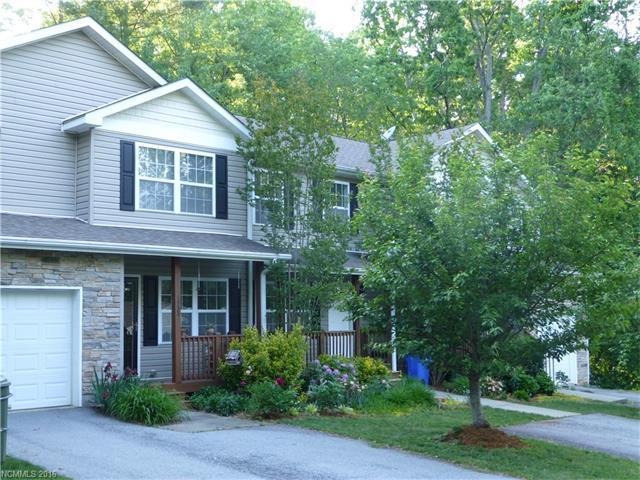 1733 Lower Ridgewood Blvd #2 Hendersonville, NC 28791