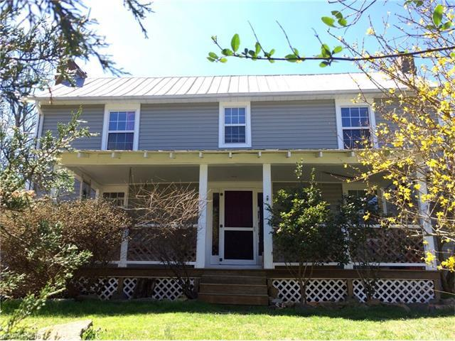 8 Punkin St, Leicester, NC
