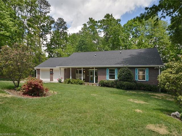 90 Whisperwood Dr Hendersonville, NC 28791
