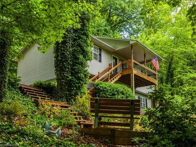 61 Mountain Site Ln Asheville, NC 28803