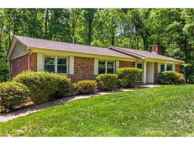 148 Haywood Knolls Dr, Hendersonville, NC