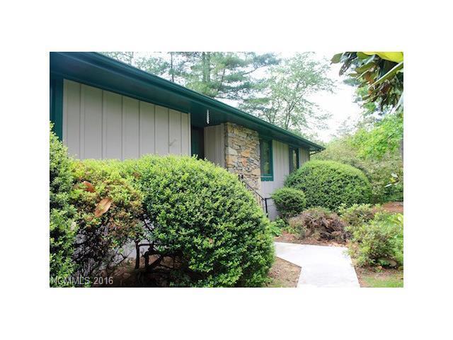 149 Whisperwood Dr Hendersonville, NC 28791