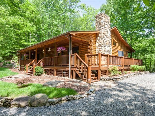 334 Whispering Pine Ln, Burnsville, NC