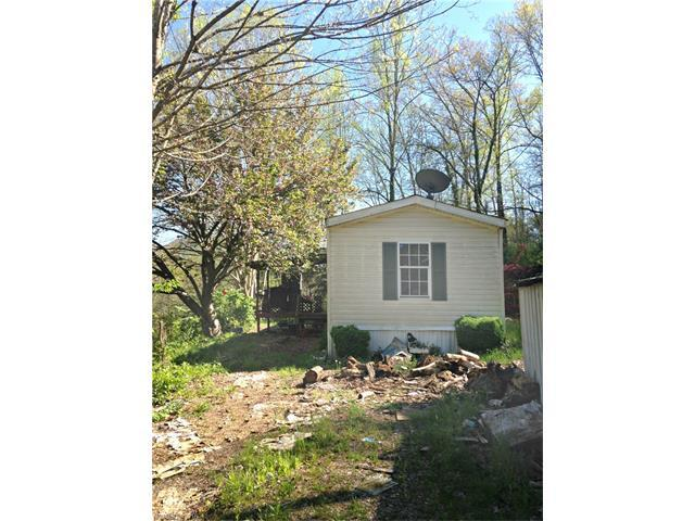 54 Hudgins Hollow Rd, Leicester, NC