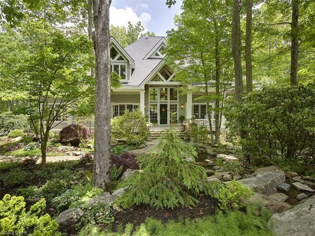 229 Pine Shadow Dr, Hendersonville, NC