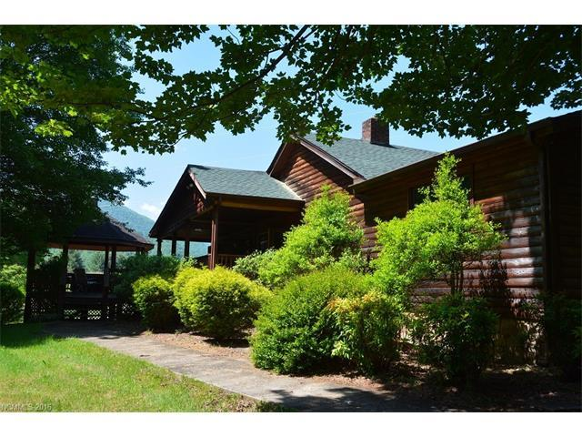 679 Evans Cove Rd, Maggie Valley, NC