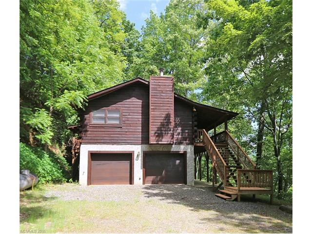 402 Creekside Dr Maggie Valley, NC 28751