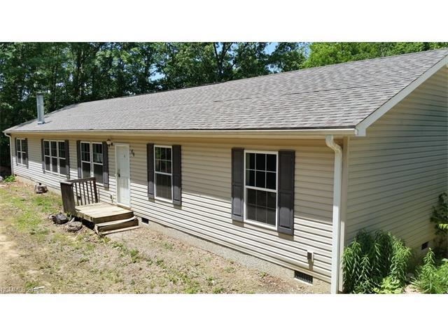 64 Hennessee St, Clyde NC 28721