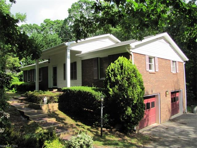 258 Foxhunt Ln Hendersonville, NC 28791