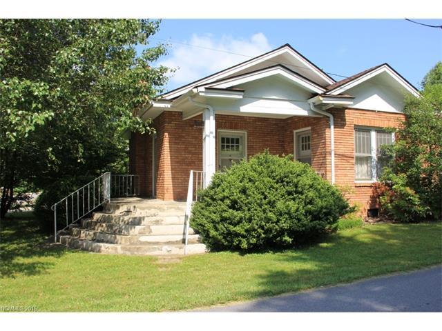1724 Haywood Rd Hendersonville, NC 28791