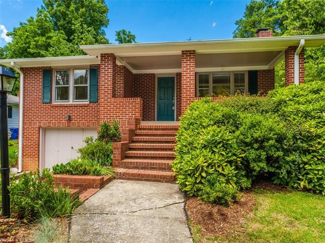 1060 Mountain View St Hendersonville, NC 28739