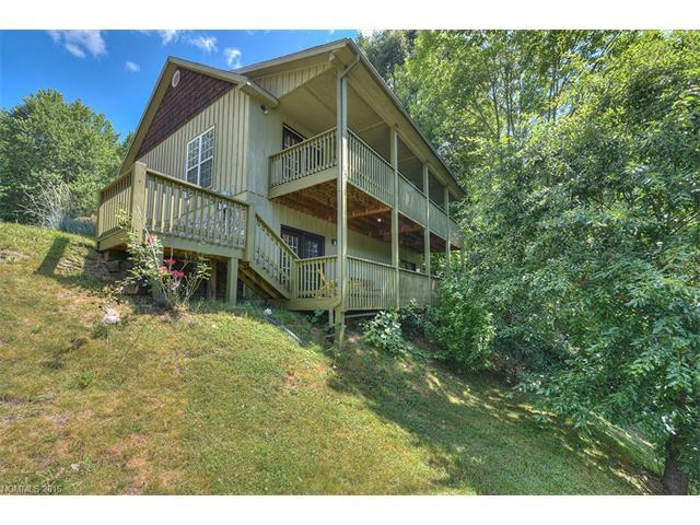 55 Mountainside Cir Maggie Valley, NC 28751