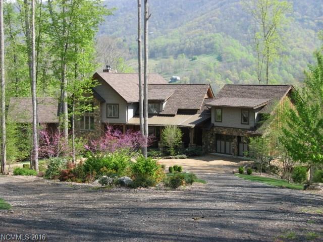 408 Grace Way Green Mountain, NC 28740