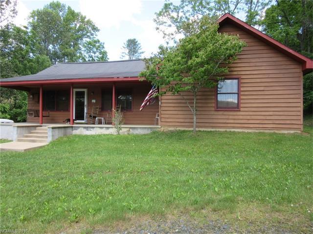 15 Piney Dr Bakersville, NC 28705