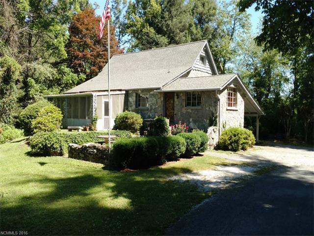 100 Arbor Ln Hendersonville, NC 28791