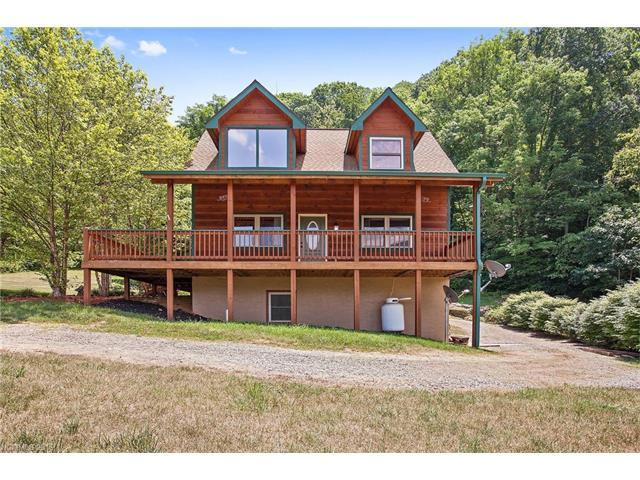 210 Tanner Trl Maggie Valley, NC 28751