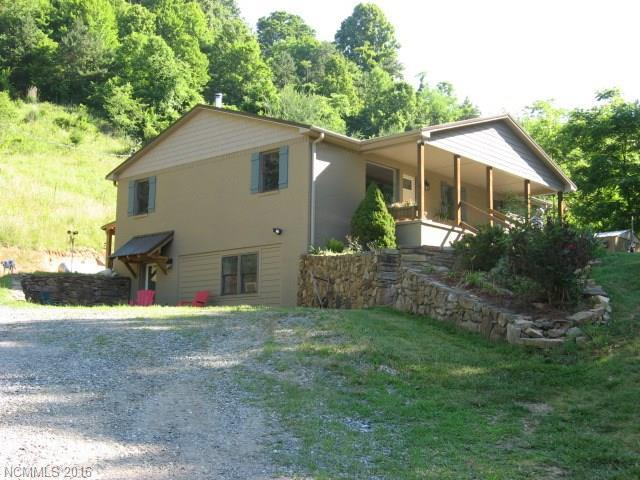 3325 Crooked Creek Rd Mars Hill, NC 28754