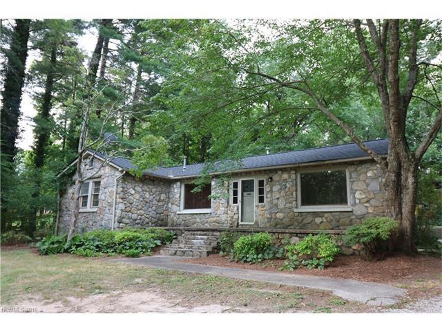 615 White Pine Dr Hendersonville, NC 28739