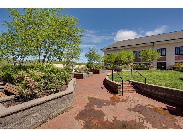 29 French Broad St #318Brevard, NC 28712