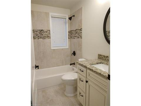 Hilltop Cir Hendersonville NC MLS Movotocom - Bathroom remodel hendersonville nc