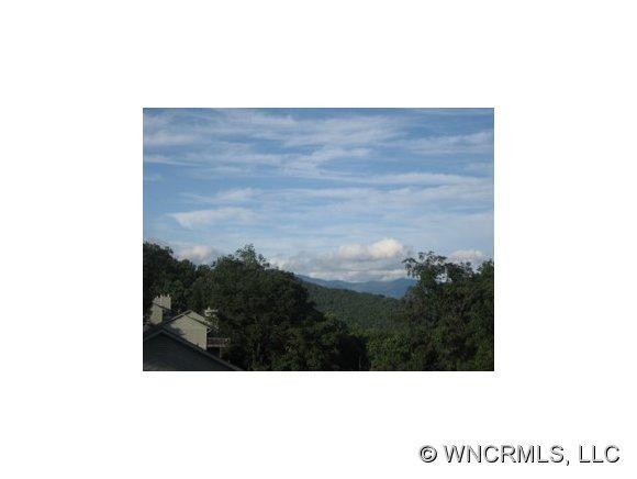 464 Windswept Dr, Asheville, NC 28801